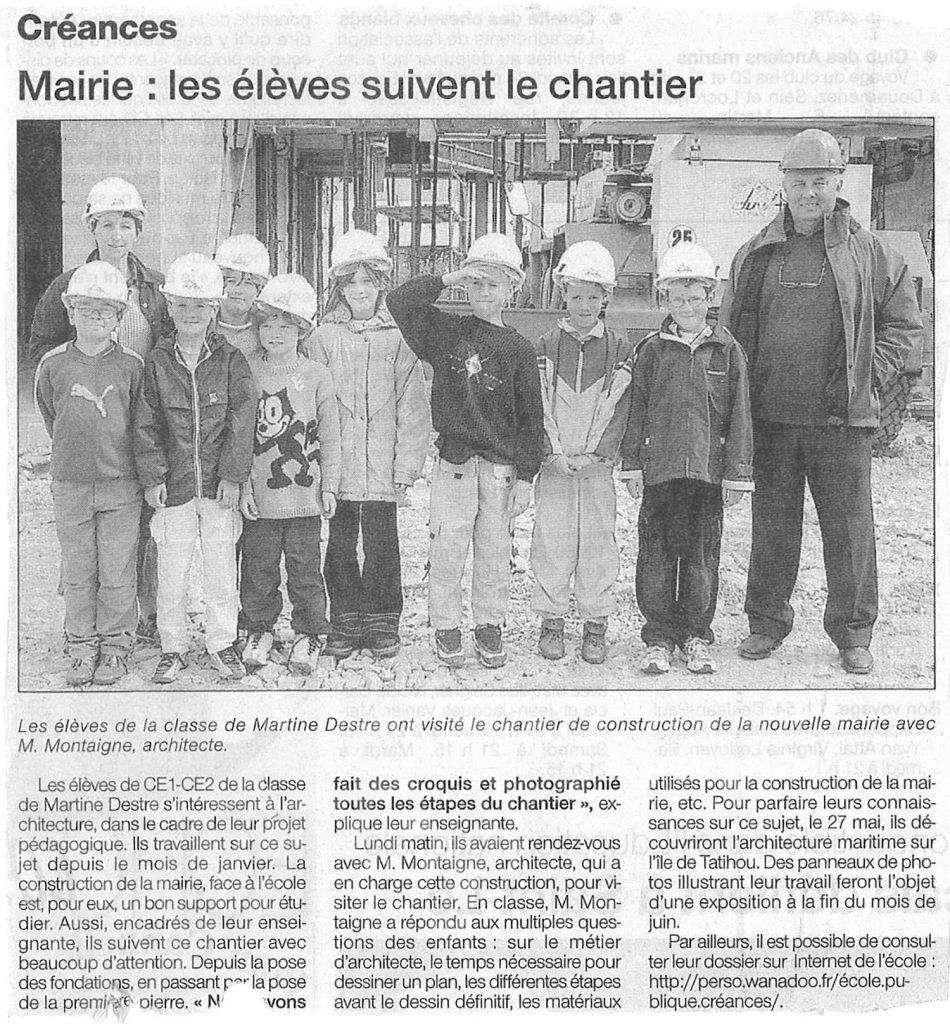 Les élèves sur le chantier de la mairie de Créances